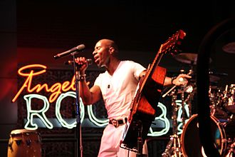 Tony! Toni! Toné! - Amir Khalil of Tony! Toni! Toné! performing in Louisville, Kentucky, 2012