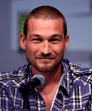 Andy Whitfield at the 2010 Comic Con in San Diego
