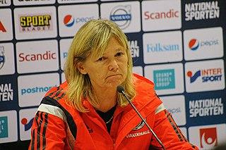 Anna Signeul Footballer, Coach