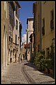Antibes (rue du Bateau). - panoramio.jpg