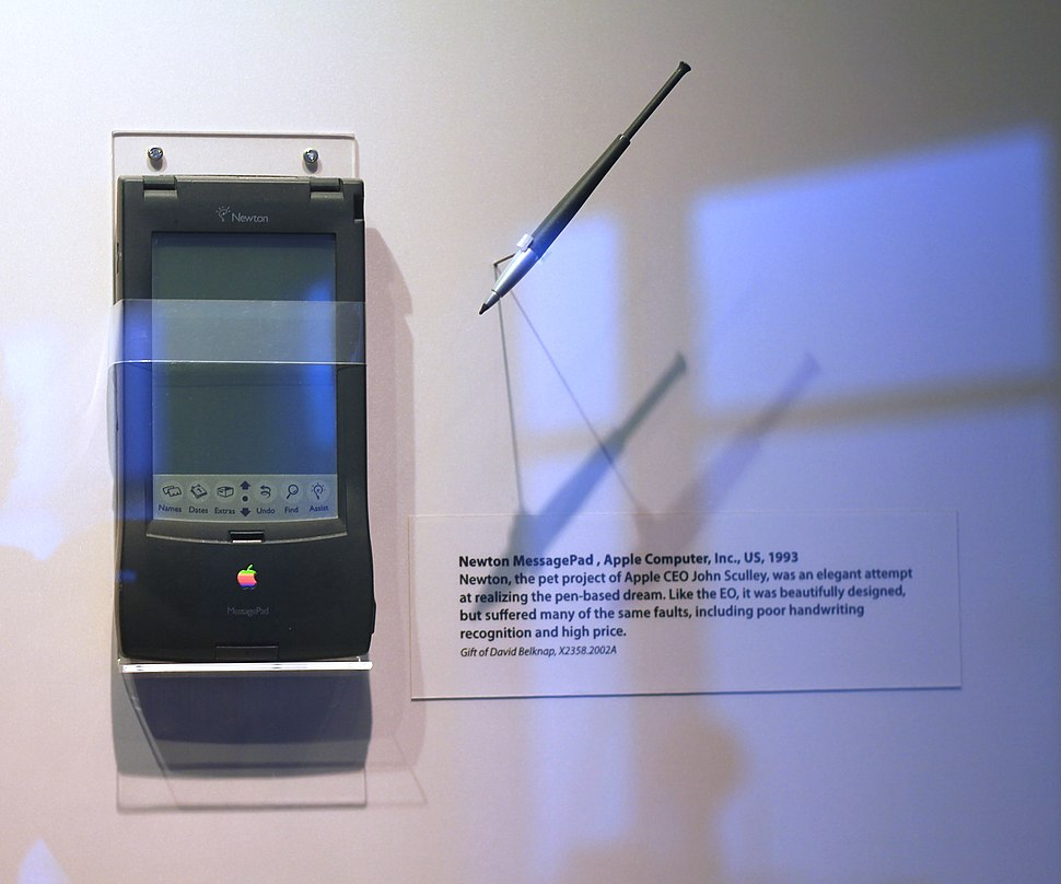 Apple Newton MessagePad (1993) - Computer History Museum
