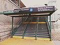 Aqueduct Racetrack entrance vc.jpg