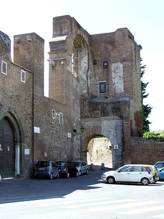 Arch of Dolabella - The Arch of Dolabella, ca. 2007