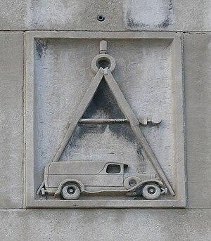 Piquette Avenue Industrial Historic District - Logo above front door, Autocar Service Building.
