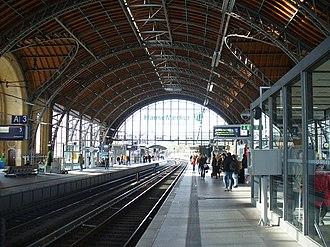 Hamburg Dammtor station - Image: Bahnhof Dammtor, Hamburg