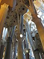 Barcelona Sagrada Familia interior 19.jpg