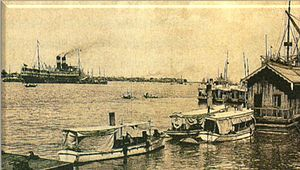 Barr Street Jetty and Rangoon River 1930.jpg