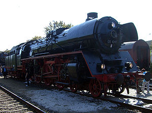 DRB Class 03.10 - Image: Baureihe 03 10 seite