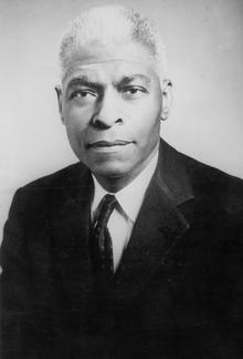 Benjamin Mays Portrait 1921.png