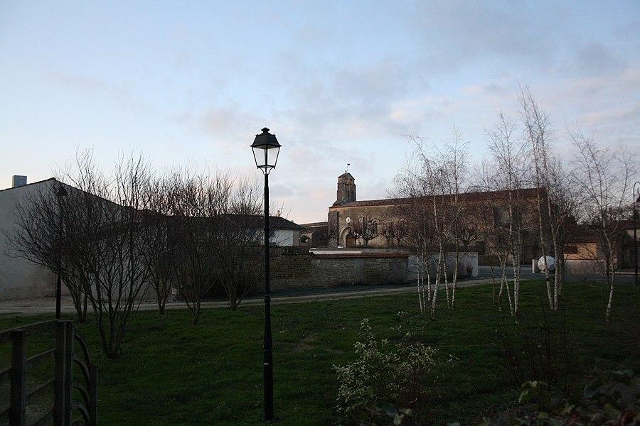 Bernay, commune de Bernay-Saint-Martin (Charente-Maritime, France).