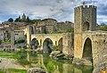 Besalú-pont medieval.jpg