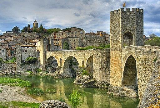 Besalu-pont medieval