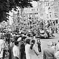 Bloemencorso in Amsterdam, Bestanddeelnr 926-6527.jpg