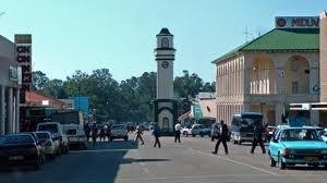 Gweru - Image: Boggies clock Gweru