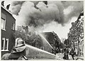 Brand gesticht door kinderen in een loods van Autoverhuurbedrijf Sloothaak aan de Koudenhorn, gezien vanuit de Kokstraat. NL-HlmNHA 54020776.JPG