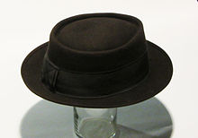 A classic brown felt men s pork pie hat from the 1940s. Note that the