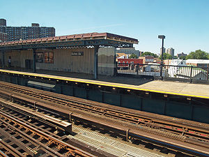 Buhre Avenue (IRT Pelham Line) - Image: Buhre Avenue (IRT Pelham Line) by David Shankbone