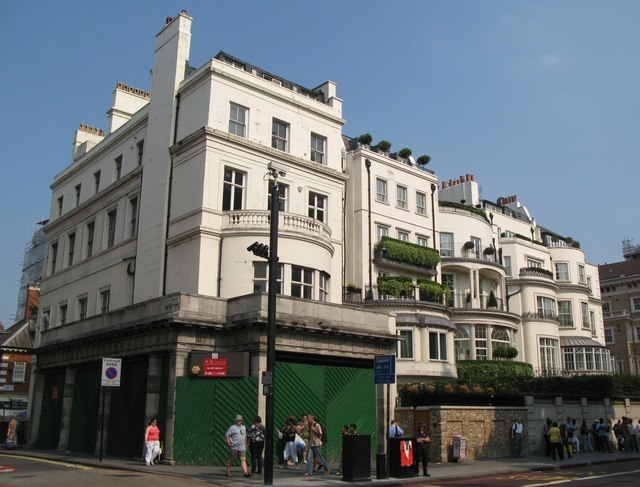 Buildings at the north end of Park Lane, W1 - geograph.org.uk - 1521219