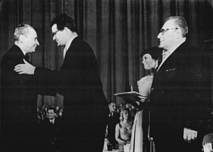 Professor Mamlock (1961 film) - Sergei Yutkevich greets Konrad Wolf and Wolfgang Heinz during the Moscow Film Festival.