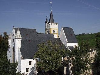 Ingelheim am Rhein - Image: Burgkirche 2010