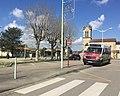 Bus Colibri à l'arrêt Thil mairie.jpg