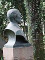 Busto do Prefeito Firmiano Pinto 19.jpg