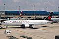 C-GHLQ 1 B767-333ER Air Canada ZRH 19JUN03 (8551289498).jpg