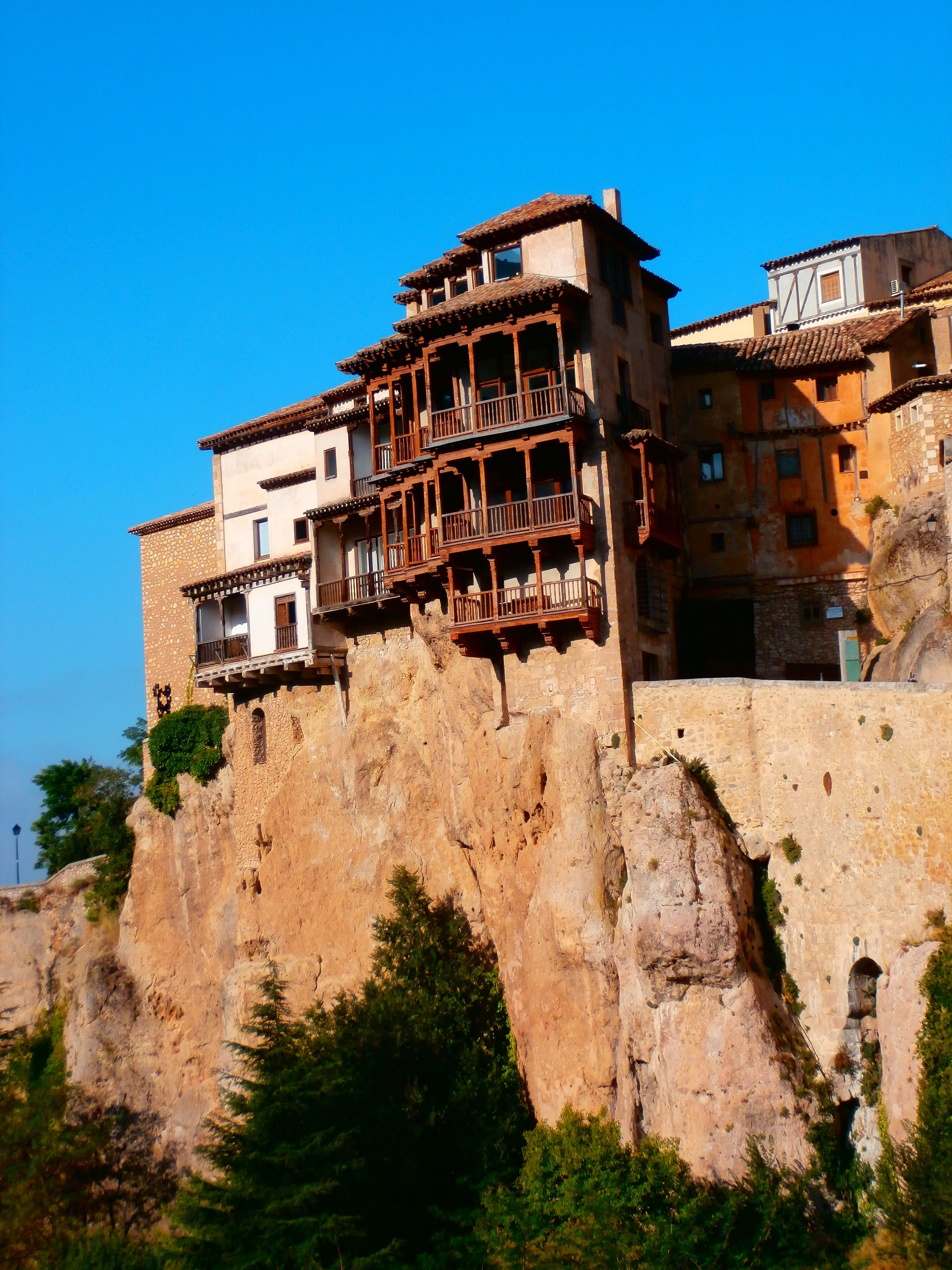 File Casas Colgadas Cuenca Jpg Wikimedia Commons