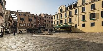 Campo (Venice) - Image: Campo Santa Marina (Venice)