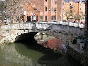 High Bridge, Reading - View of High Bridge looking downstream
