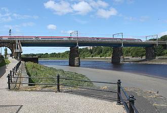 Carlisle Bridge, Lancaster - Image: Carlisle Bridge, Lancaster (geograph 2547200)