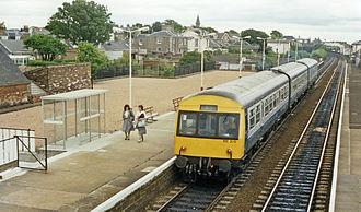 Carnoustie railway station - Platform view (1988)