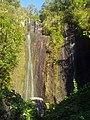 Cascade vers le barrage - panoramio.jpg