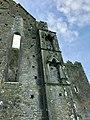 Cashel Cathedral, Rock of Cashel, Caiseal, Éire (46591668051).jpg