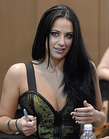 Cassidey at AVN Adult Entertainment Expo 2008-2.jpg