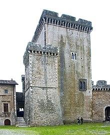 Castello Caetani - Wikipedia