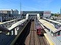 Center tracks and train at Stamford station, September 2018.JPG