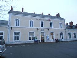Château-du-Loir station1.JPG