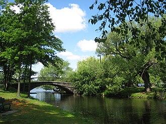 Metropolitan Park System of Greater Boston - Pedestrian bridge, Charles River Esplanade, Boston, Massachusetts