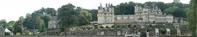 Datei:ChateaudUssePanorama.jpg
