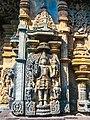 Chennakeshava temple Belur 353.jpg