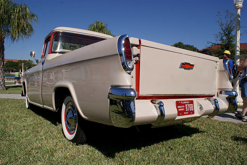 Chevrolet Cameo 1956 Pickup LRear Lake Mirror Cassic 16Oct2010 (14874856814).jpg