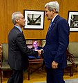 Chicago Mayor Emanuel Greets Secretary Kerry Before Their Meeting at City Hall (30500011601) (cropped).jpg