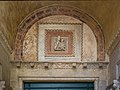 Chiesa dei Carmini Madonna con Bambino dettaglio ingresso Venezia.jpg