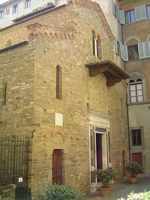 Santi Apostoli, Florence - The unfinished façade of Santi Apostoli