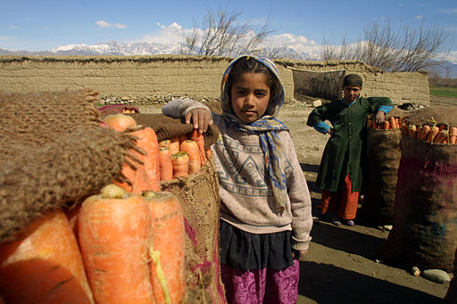Children with carrots afghanistan