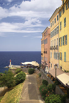 220px-Citadelle_Bastia.jpg