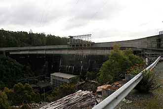 Butlers Gorge Power Station - The Clark Dam wall with the Butler Gorge Power Station located at the wall base.