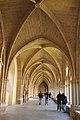 Cloître de la cathédrale Notre-Dame de Bayonne.jpg