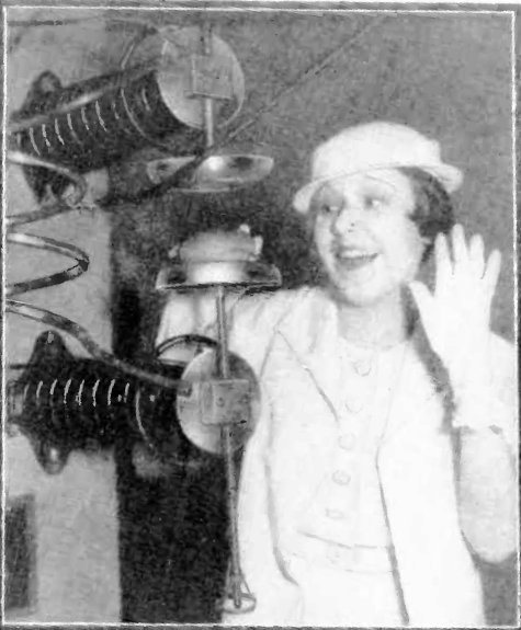 Cooking with radio waves - Chicago Worlds Fair 1933
